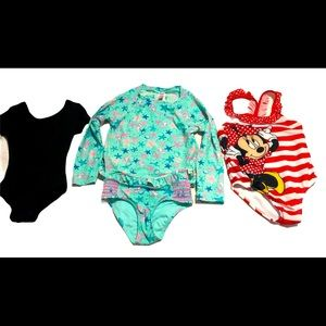 🦋3 for $25🦋 4/5 YR Bathing Suit & Body Suits